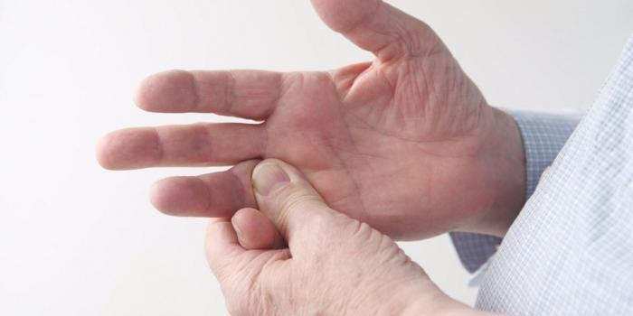 Εκτινασσόμενος δάκτυλος ή εκτινασσόμενο δάχτυλο ή στενωτική τενοντοελυτρίτιδα